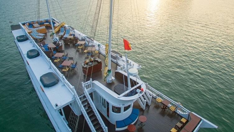 Paradise Luxury cruise sundex