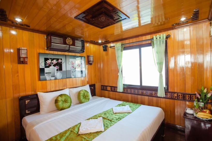 Phòng ngủ double du thuyền Lemon cruise.jpg