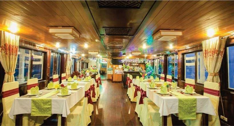 Nhà hàng du thuyền Lemon cruise.jpg