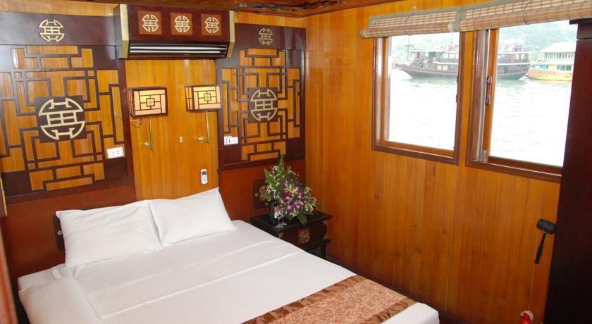 Phòng ngủ double du thuyền dugong cruise.jpg