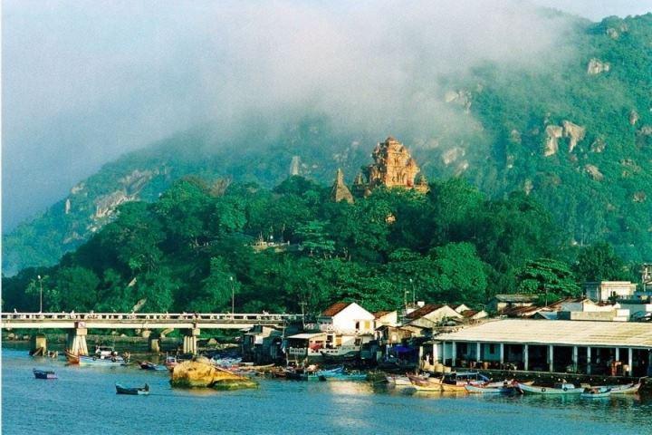 Tour du lịch Nha Trang Vinpear Land, đảo khỉ 1.jpg