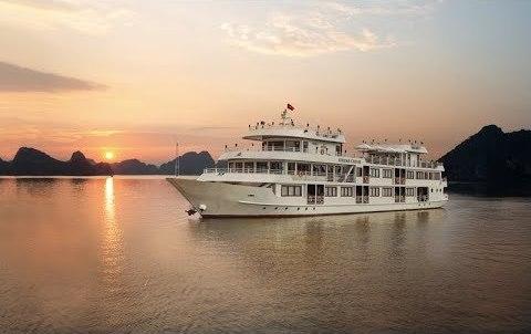 Du thuyền Athena Cruise