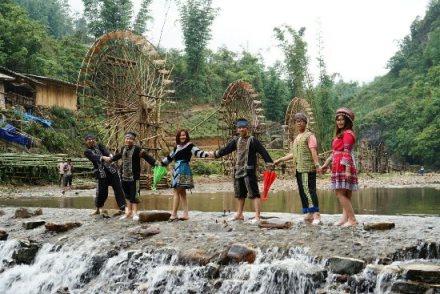 Tour du lịch Sapa, bản Cát Cát, núi Hàm Rồng, thác Bạc, Thác tình Yêu 3 ngày 4 đêm