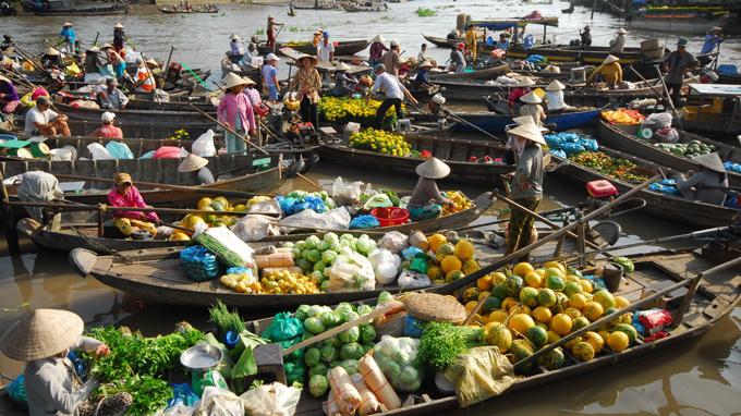 Chợ Nổi Cái Bè.jpg