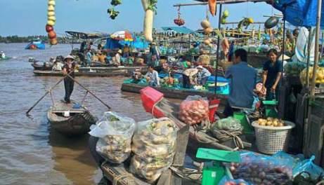 Chợ nổi Cái Bè 1