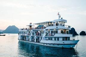 Tour du lịch Vịnh Hạ Long 2 ngày trên du thuyền Cristina Diamond Cruise