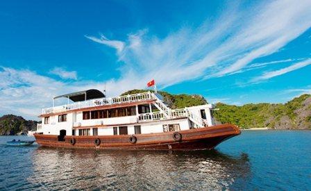 Tour du lịch Đảo Cát Bà, Vịnh Lan Hạ 2 ngày - Du thuyền Emerald cruise