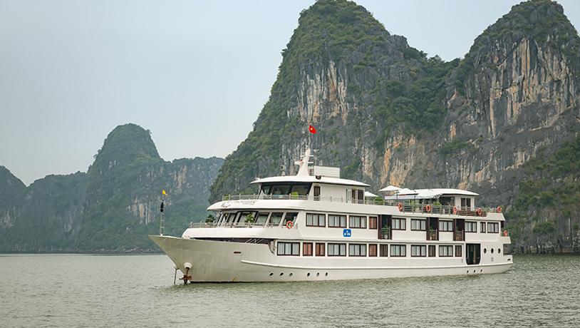 Tour du lịch Vịnh Hạ Long 2 ngày - Du thuyền Lavela Classic