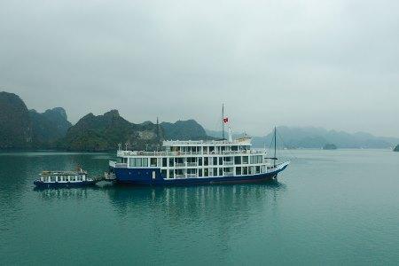 Du thuyền OGallery cruise