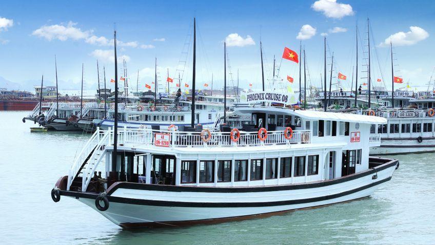 Tour du lịch Hạ Long 1 ngày trên du thuyền Phoenix cruise