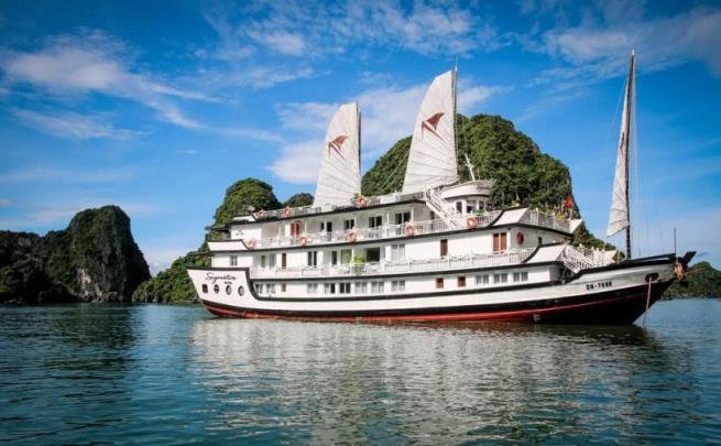 Tour du lịch Hạ Long 2 ngày - Du thuyền Signature cruise