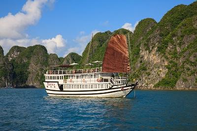 Tour du lịch Hạ Long 2 ngày - Du thuyền Carina cruises