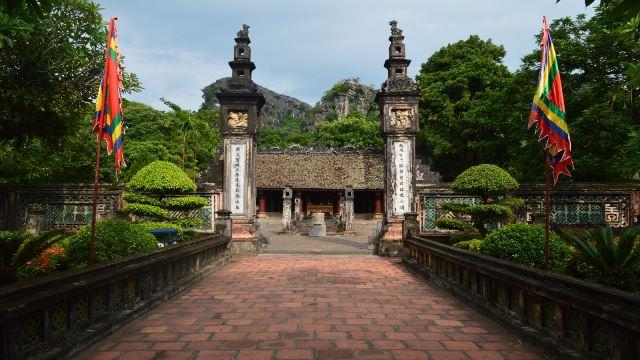 Tour du lịch Hoa Lư - Tam Cốc