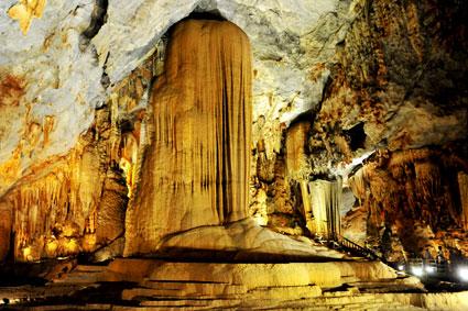 Tour du lịch Đà Nẵng, Huế, Động Phong Nha 03 ngày
