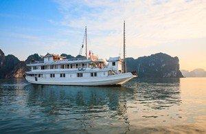 Tour du lịch Hạ long 2 ngày du thuyền Dugong cruise