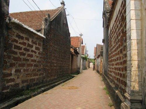Tour du lịch làng cổ Đường Lâm, Lụa Vạn Phúc