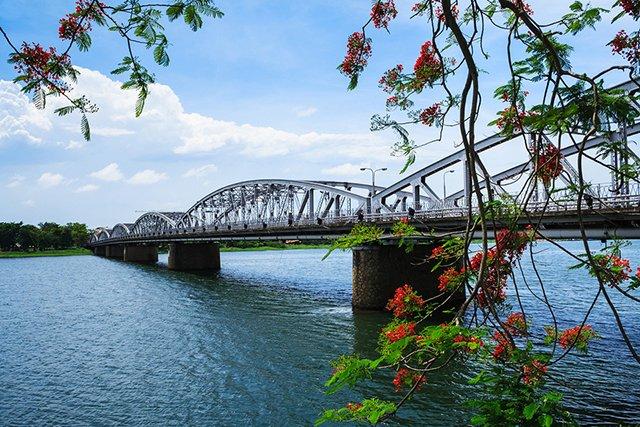 Tour du lịch Đà Nẵng, Hội An, Bà nà, Huế, Động Phong Nha 5 ngày